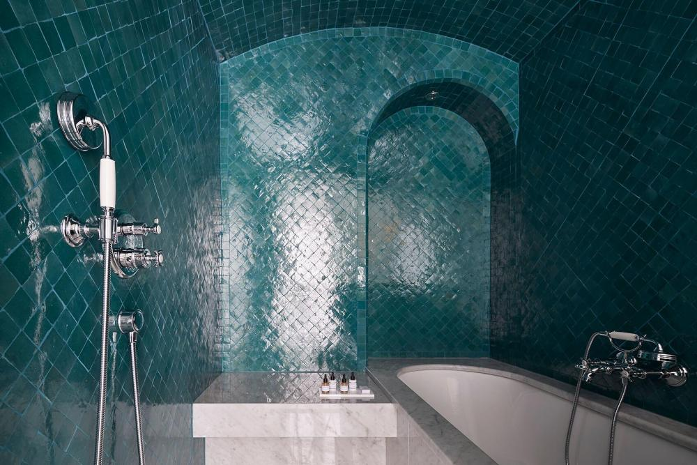 Le Roch Hotel & Spa Paris - Gallery - Wellness Suite with blue hammam